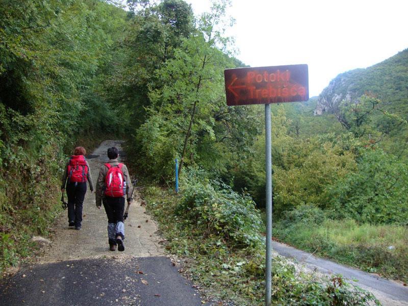 Mitsko-poučna staza Trebišća - perun