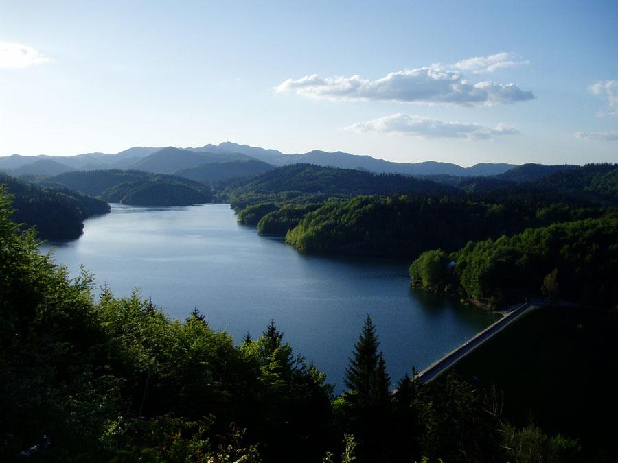 Pješice oko Lokvarskog jezera