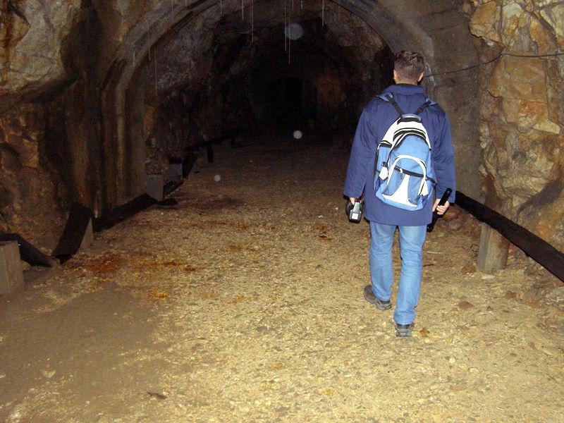 Tunel ispod Rijeke