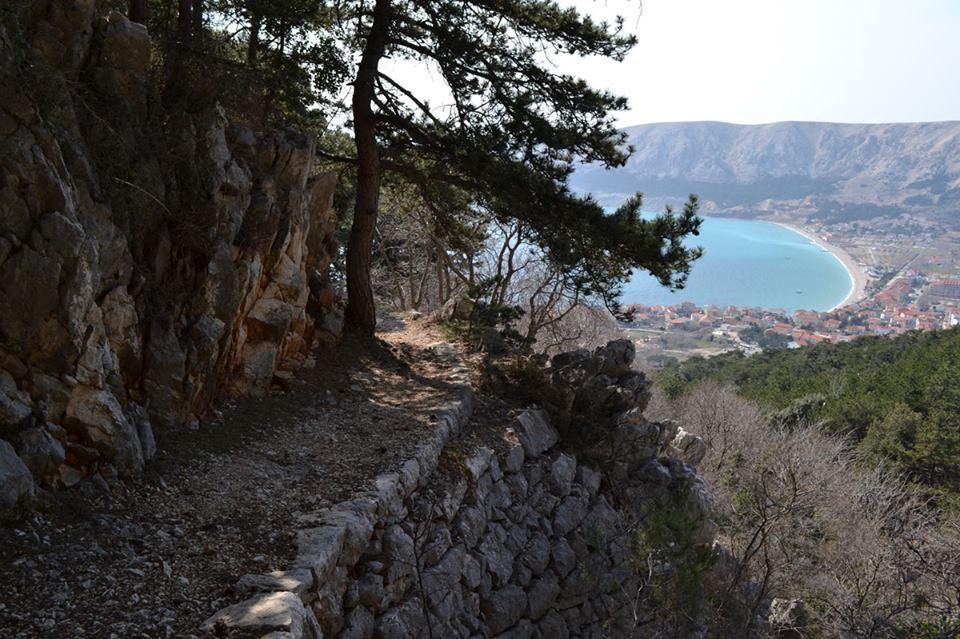 baska hike 003
